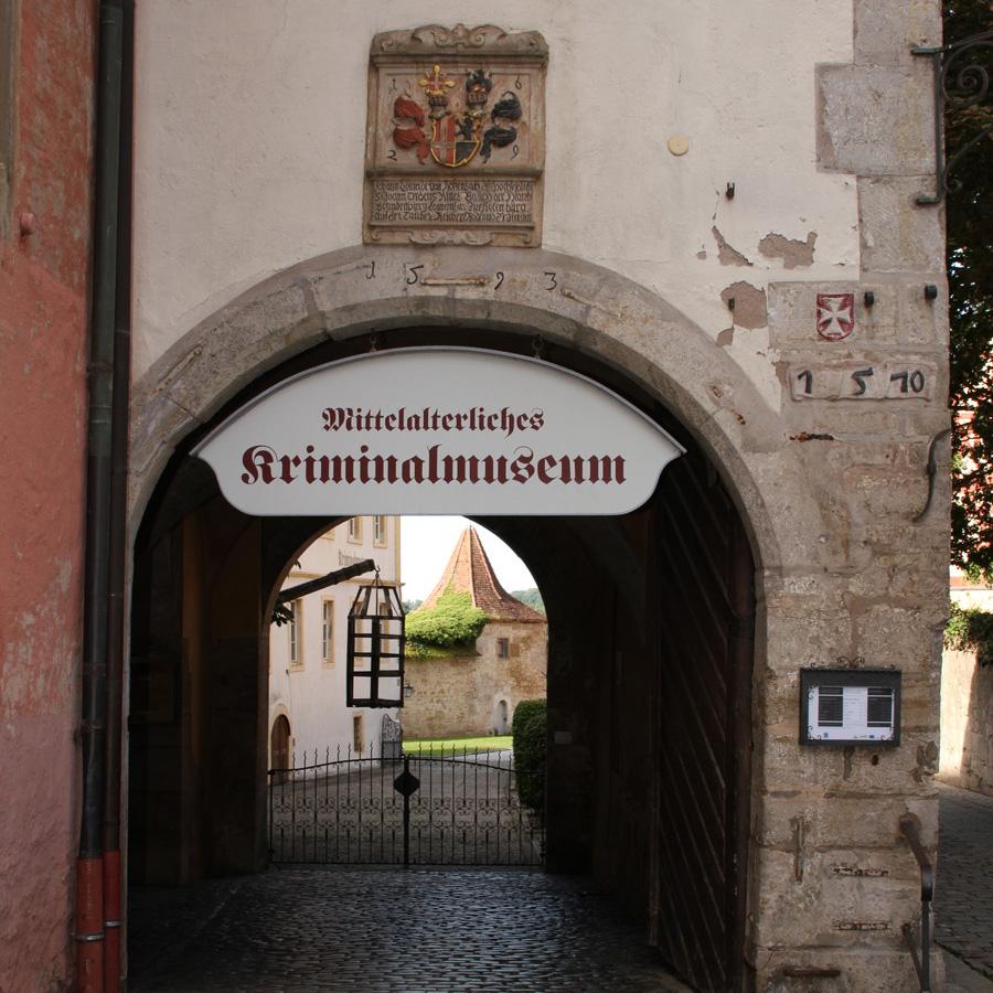 Eingangstor | Mittelalterliches Kriminalmuseum